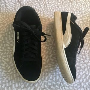 Black Suede Puma Vikky Fashion Sneaker 8